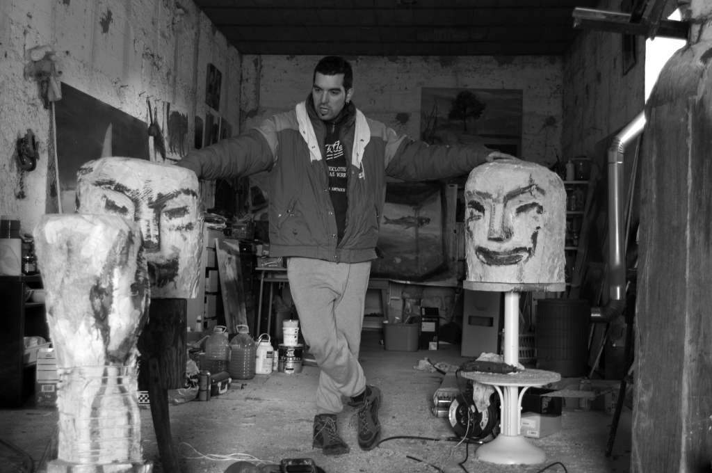 Sergio Delicado en su estudio