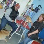 Zarpas, autolavado de perros como alternativa a la batalla campal en casa